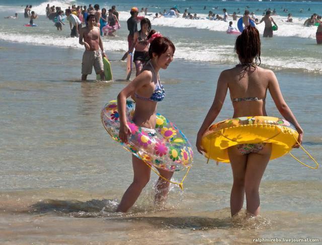 фотографии японских купающихся девушек