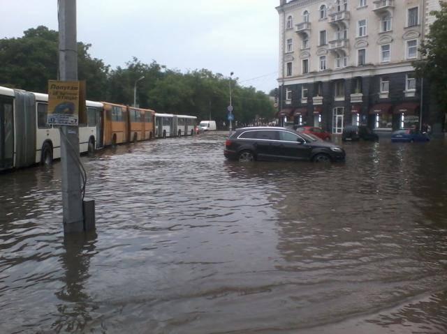 Псков после 20-ти минутного дождя