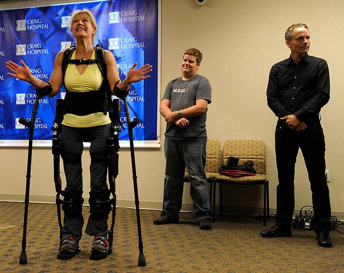 ELEGS - уникальный робот-экзоскелет (11 фото)