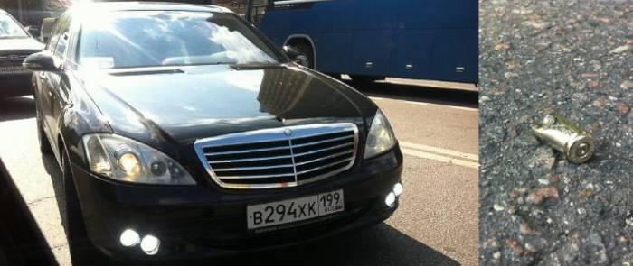 В Москве обстреляли машину известного российского блогера (3 фото+текст)