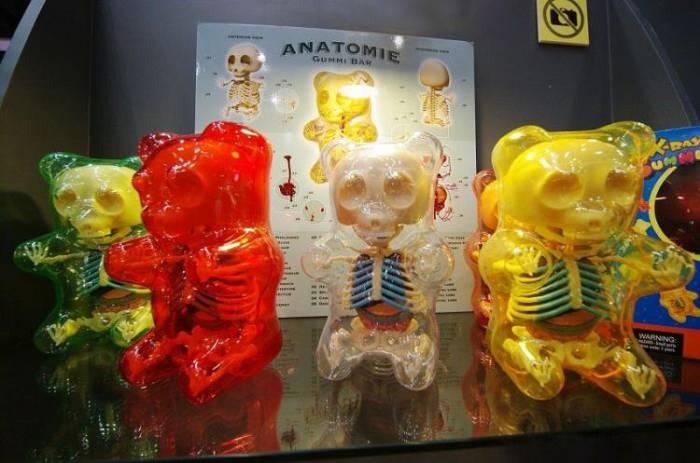 Анатомия игрушек (30 фото)