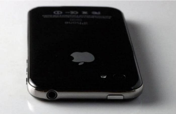 Фальшивый китайский iPhone 5 (4 фото)