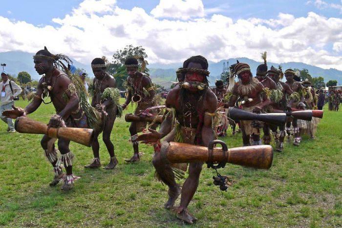 Колоритные фотографии папуасов