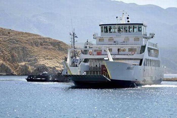 Капитан парома потерял управление над судном