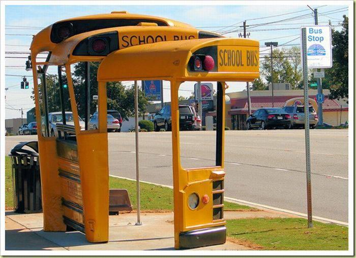 Забавные автобусные остановки (18 фото)