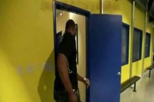 Подборка приколов с дверьми