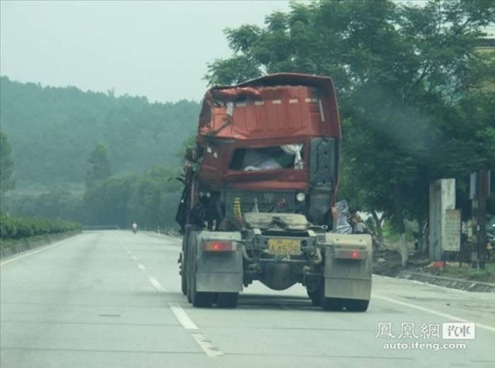 Китайский монстр-роуд (8 фото)
