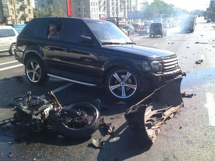 Судья на Range Rover убила байкера