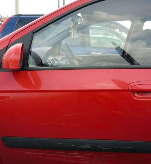Подсказка для женщины за рулём (4 фото)