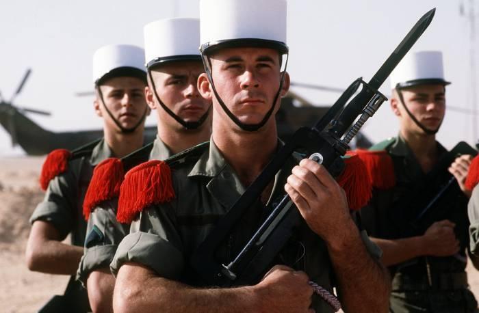 Солдаты из разных уголков мира