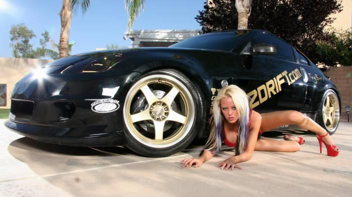 Девушки, которые неравнодушны к автомобилям