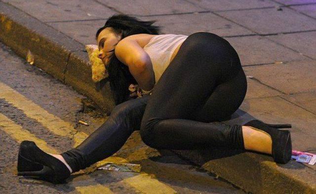 Пьяные люди (24 фото)
