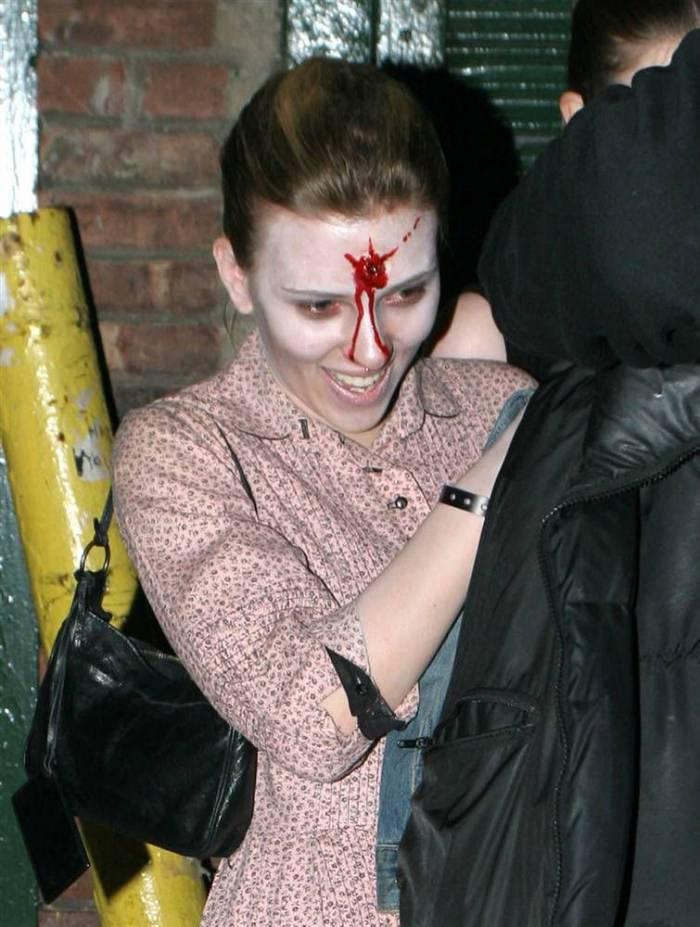 Знаменитости на Хэллоуин (23 фото)