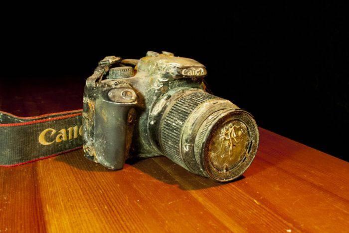 Камера пролежавшая в воде больше года (8 фото)