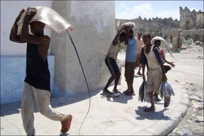 Улов рыбаков на Сомали (30 фото)