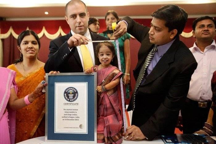 Самая маленькая девушка в мире (5 фото)