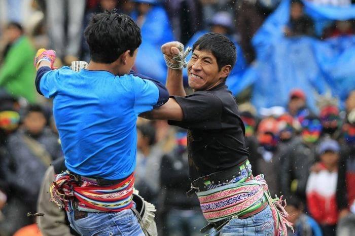 Перуанский клуб бойцов (19 фото)