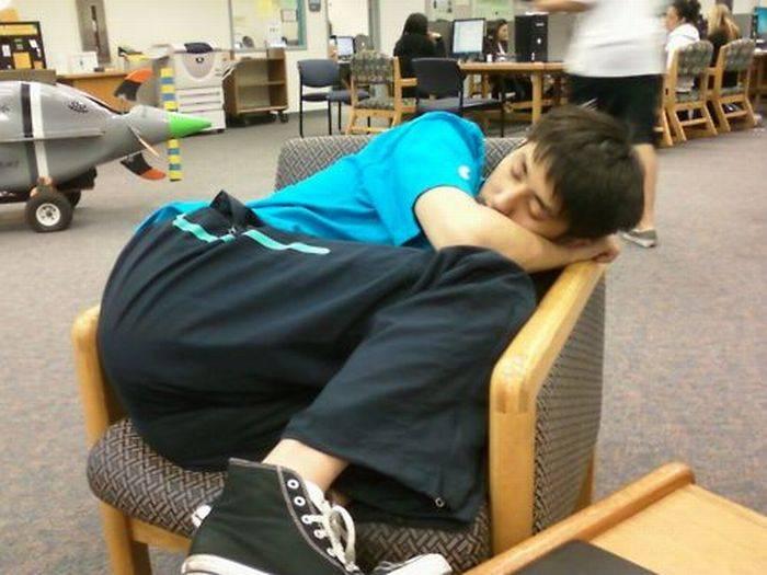Спящие студенты Китая