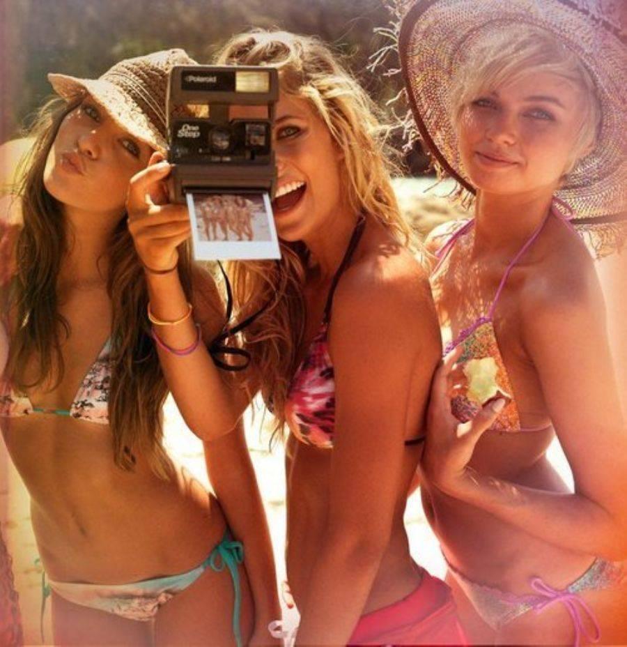 Три девочки минет 2 фотография