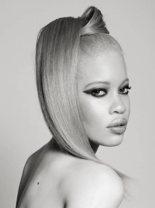Модель-альбиноска