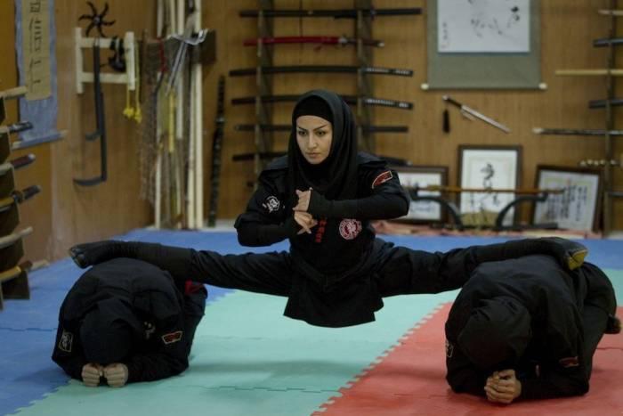 Иранское секретное оружие (15 фото)