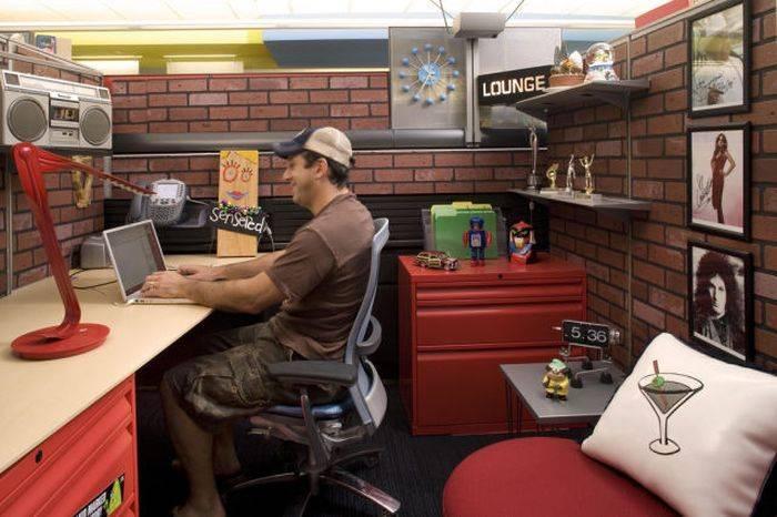 Самые уютные офисы и рабочие места (50 фото)
