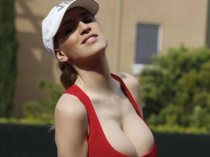 samie-bolshie-siski-u-tennisistok