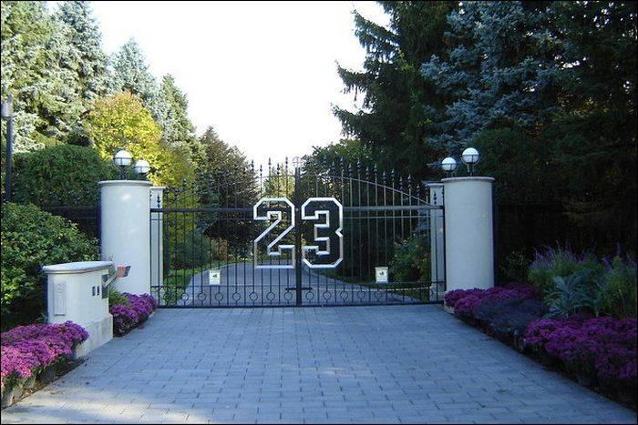 Майкл Джордан продаёт свой дом (8 фото)