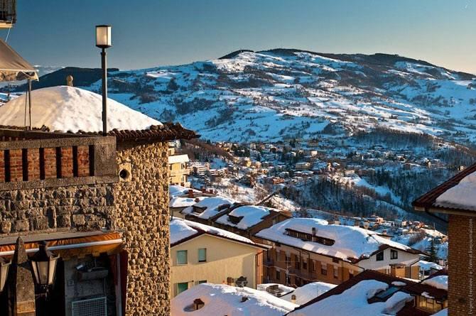 Сан-Марино - одно из самых маленьких государств в мире (25 фото)