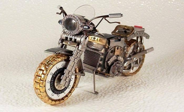 Классные модели мотоциклов из старых часов (37 фото)