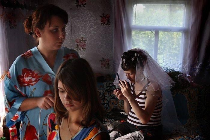 Деревенская свадьба без гламура (19 фото)