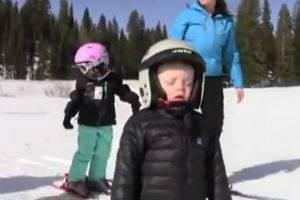 Устал парень стоять в лыжах