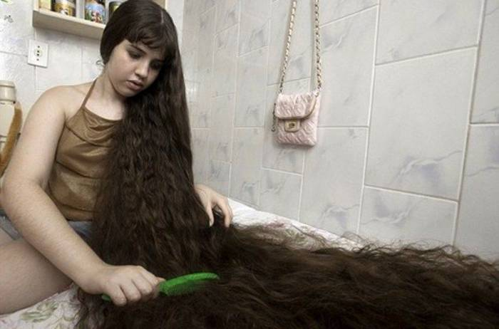 Продажа 1,5-метровых волос (3 фото)