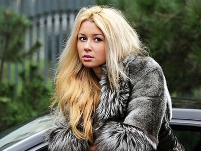 Дочка Анастасии Заворотнюк (8 фото)