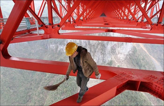 Самый высокий мост в мире в Китае (5 фото)