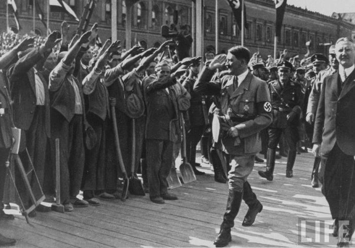 Очень редкие снимки Адольфа Гитлера