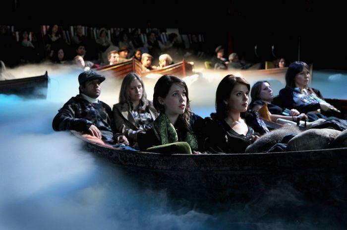 Как смотрят Титаник 3D в Лондоне (5 фото)