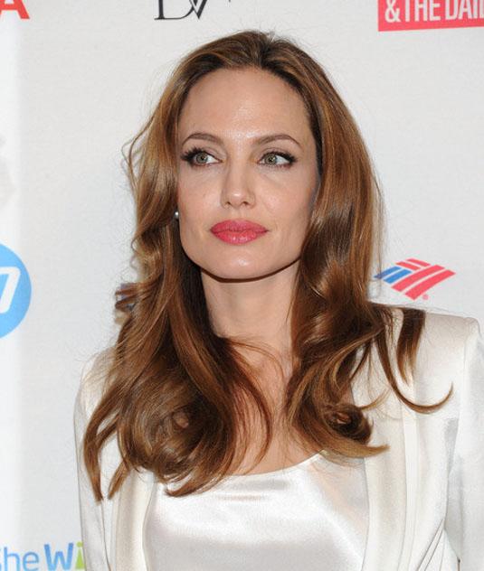 Как менялась Анджелина Джоли (20 фото)