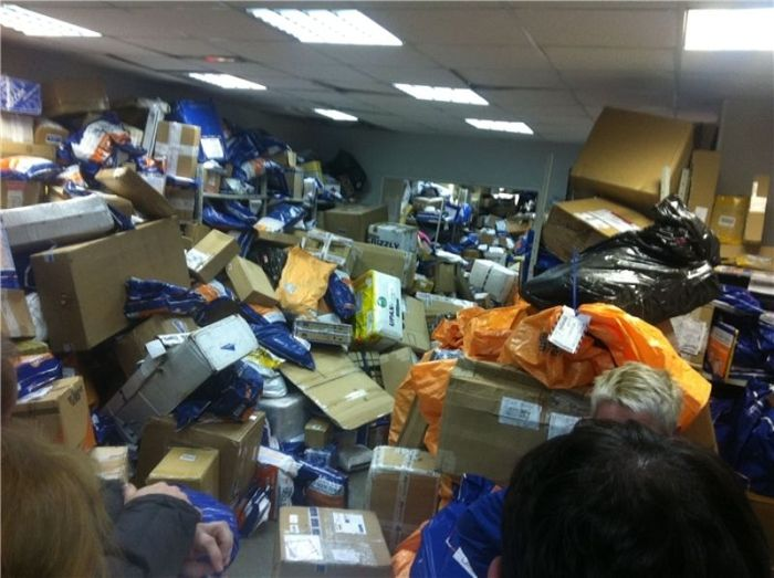 Правда о Почте России (2 фото)