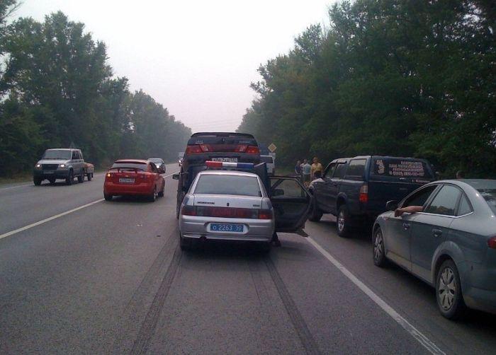 Авария с участием машины ДПС  (4 фото)