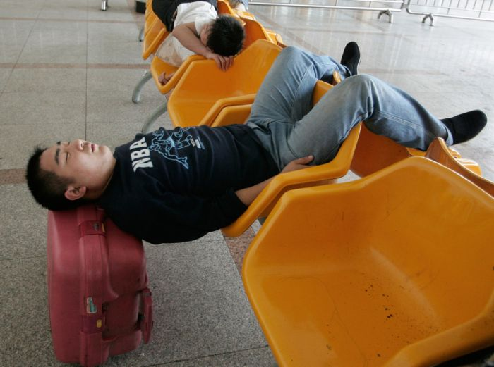 Как спят люди в Китае (50 фото)
