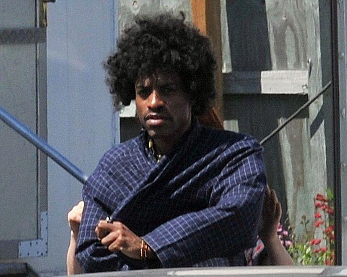 Опубликованы первые фотографии Андре 3000 в роли Джими Хендрикса