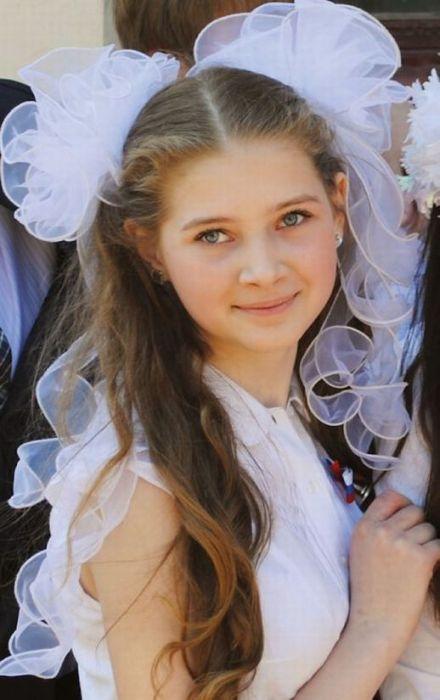Очаровательные выпускницы 2012 (45 фото)