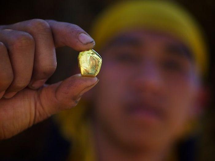 Добыча золота на Филиппинских островах