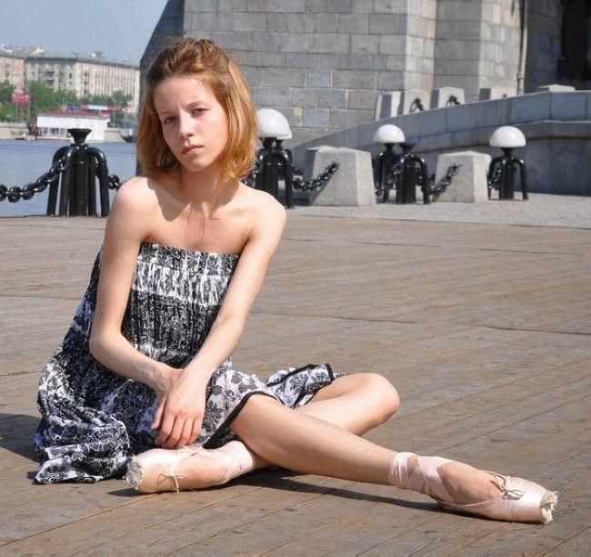 Девушки, которые страдают булимией