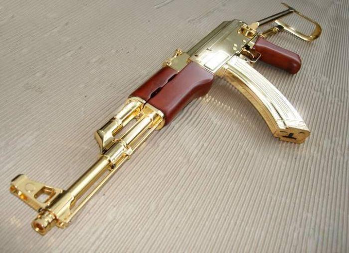Золотое оружие саддама хусейна 19 фото