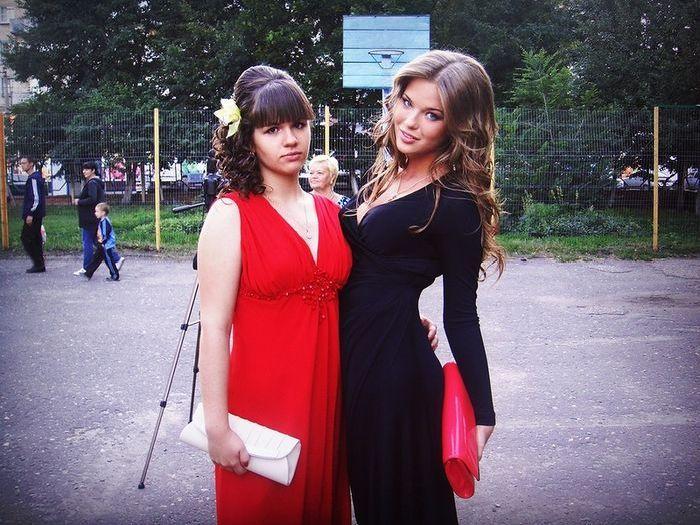Симпатичные выпускницы 2012 (36 фото)