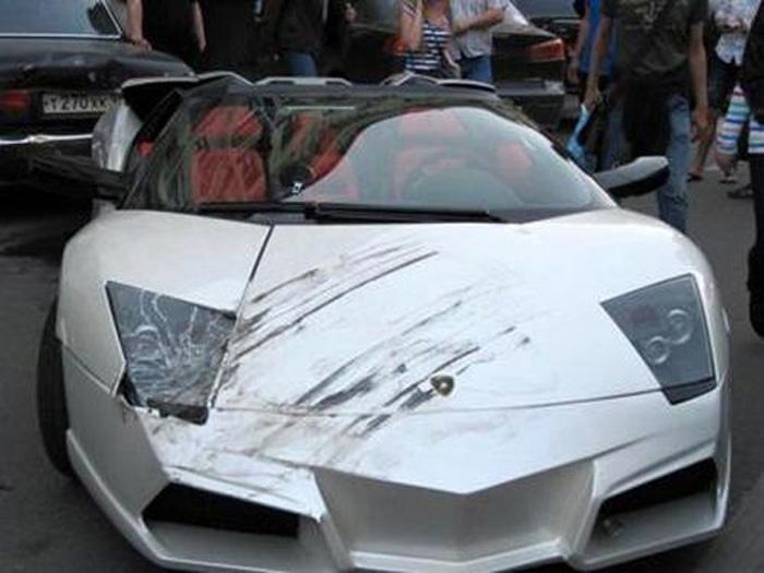 Ужасные аварии суперкаров 2012 (16 фото)