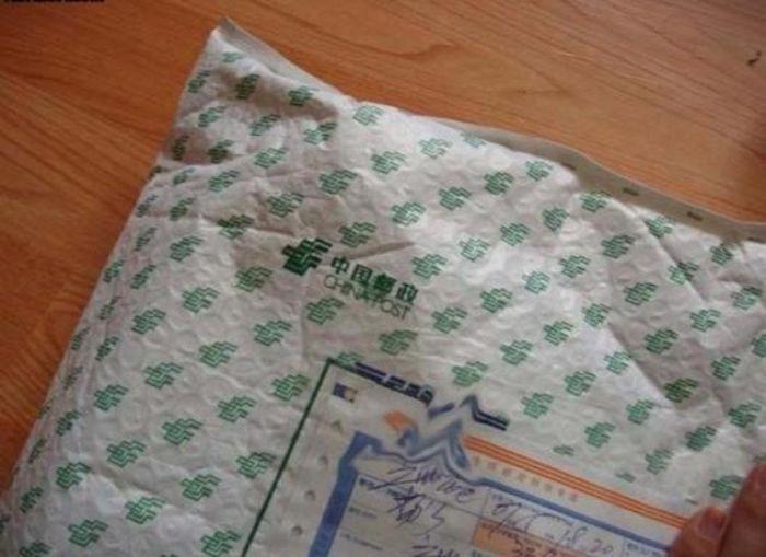 Прислали кроссовки Nike по почте (2 фото)