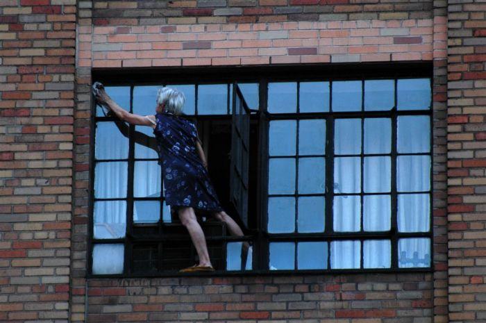 Бесстрашная леди (2 фото)